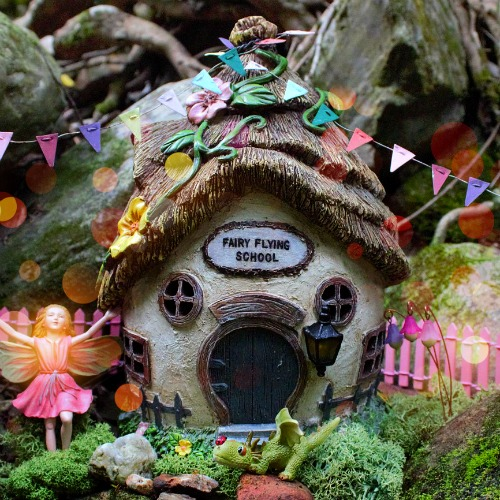 Fairy Flying School – Garden Sparkle – Solar Fairy Houses