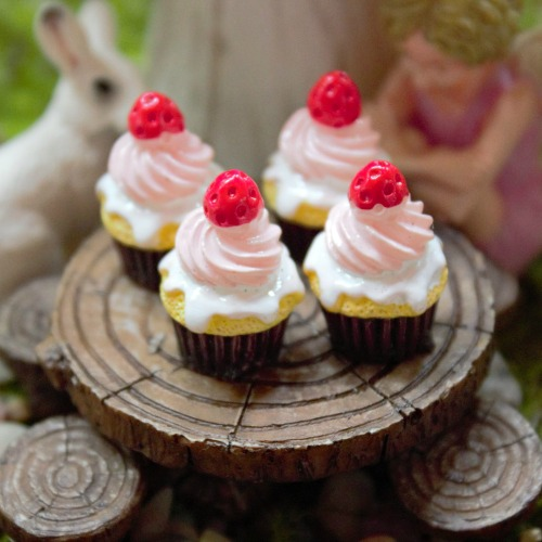 Fairy Food – Miniature Fairy Cakes