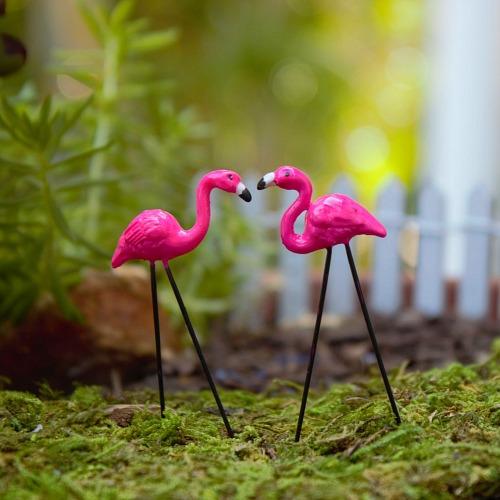 mini-flamingo-picks