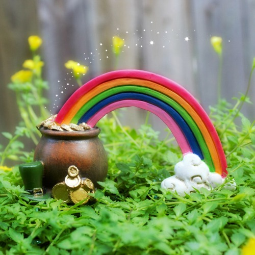 Miniature Rainbow & Pot of Gold – Fairy Gardens Australia – Garden Sparkle